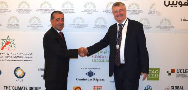 Iosu Madariaga con Markku Markula presidente Comité Regiones de Europa, en la COP22 de Marrakech