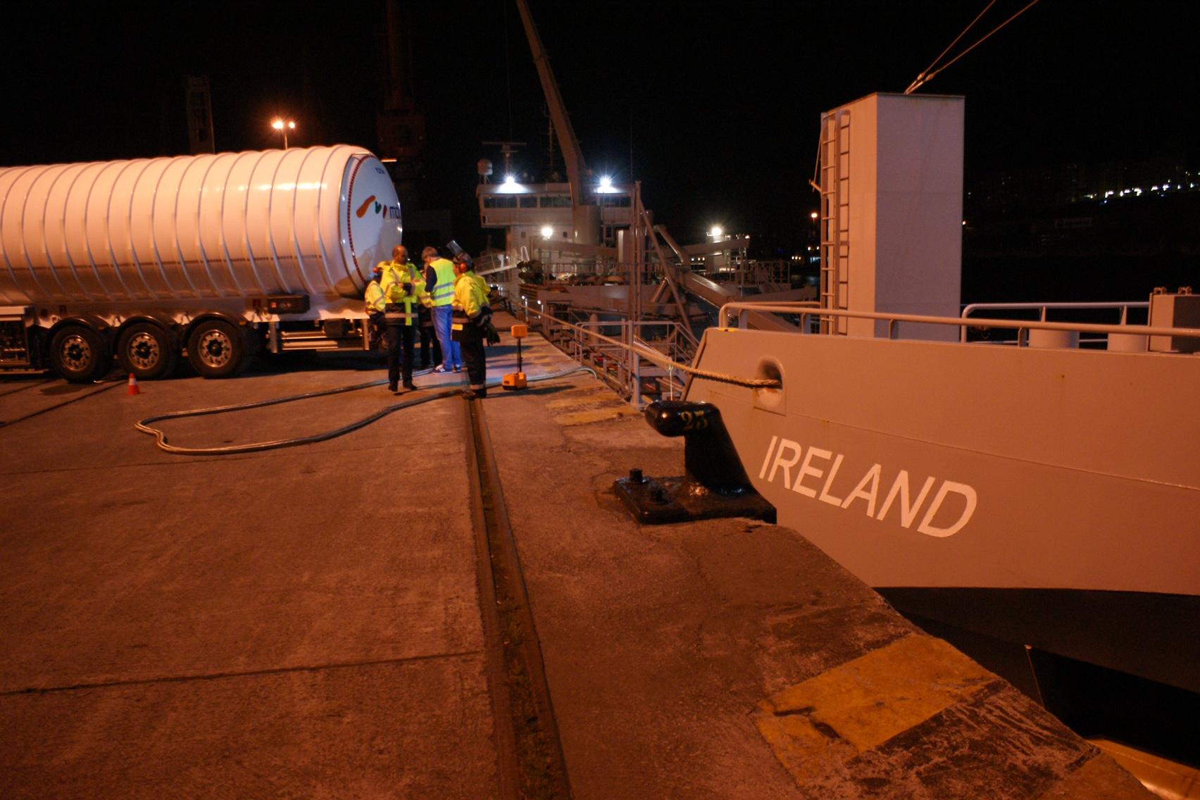 suministro de gas natural licuado como combustible a un buque