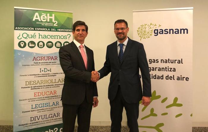 Gasnam y la AeH2 impulsan los combustibles alternativos en el transporte a través de un acuerdo
