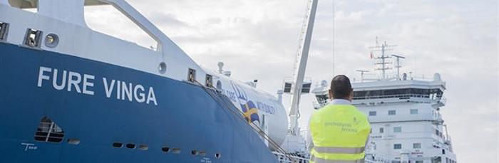 """Nauticor y Gas Natural Fenosa realizan el primer bunkering de GNL para el buque """"Fure Vinga"""""""
